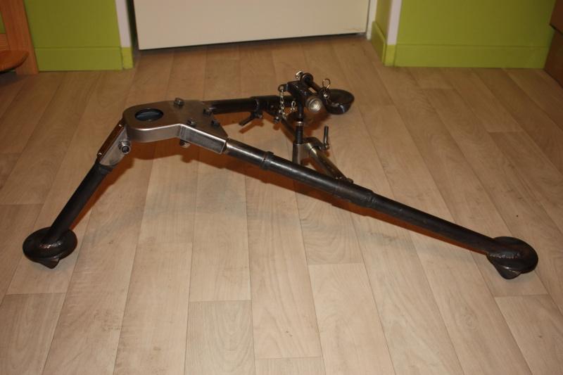fabrication d'un trépied M2 pour browning cal.30 Img_5515