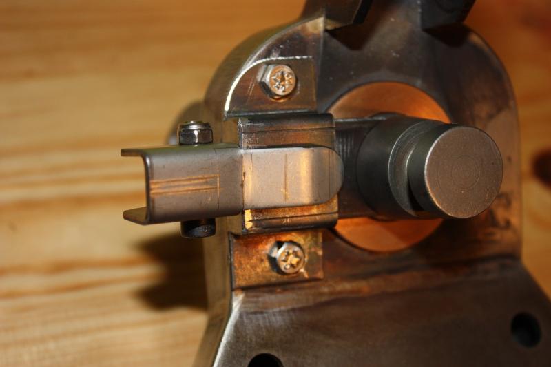 fabrication d'un trépied M2 pour browning cal.30 Img_5524