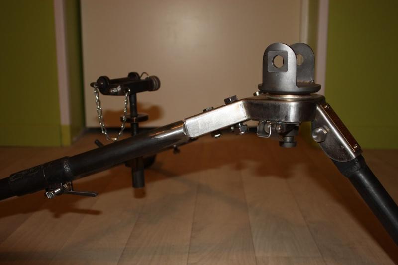 fabrication d'un trépied M2 pour browning cal.30 Img_5526