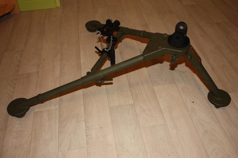 fabrication d'un trépied M2 pour browning cal.30 Img_5615