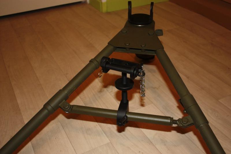 fabrication d'un trépied M2 pour browning cal.30 Img_5619