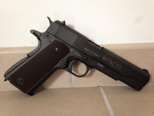 Ma modeste collection (Mise à jour) Colt_110