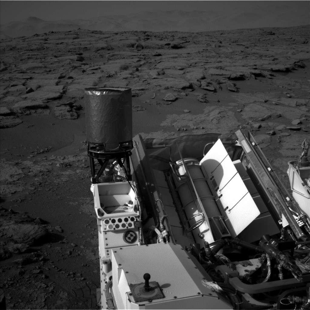 [Curiosity/MSL] L'exploration du Cratère Gale (2/3) - Page 4 Nlb_4110