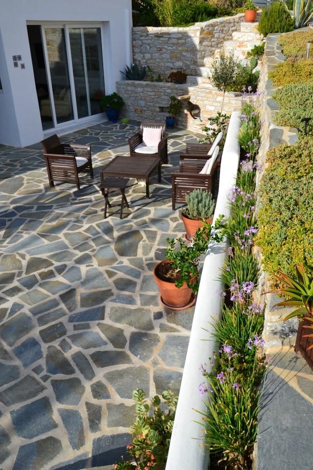 Notre Maison à Naxos  - Page 5 2013-116