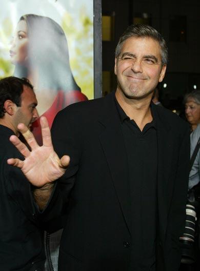 George Clooney George Clooney George Clooney! - Page 17 Cloone13