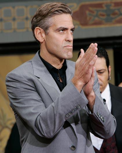 George Clooney George Clooney George Clooney! - Page 17 Cloone18