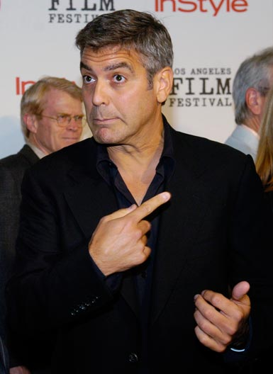 George Clooney George Clooney George Clooney! - Page 17 Cloone24