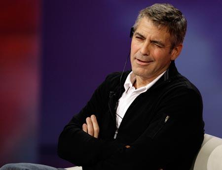 George Clooney George Clooney George Clooney! - Page 17 Cloone27