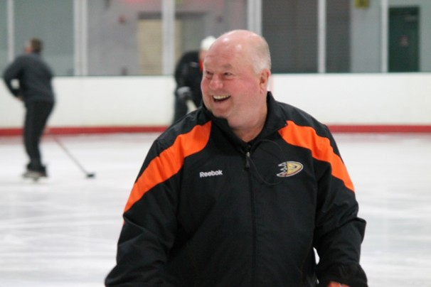 The Duck's Dispatch News: CHAMPION COUPE STANLEY - Page 3 Bruce_10