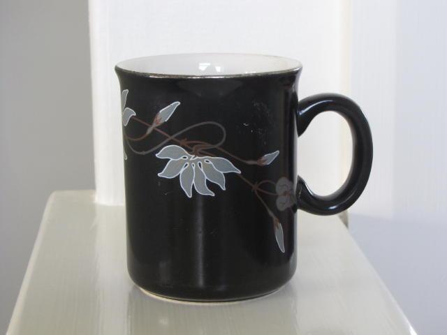 New mug like orchid similar to Sharon [on black] ~ Cl_bw_11