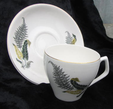 Fern Leaves on cup and saucer by Titian Cl_fer10
