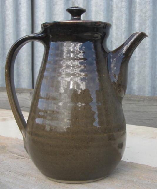 Beautiful pot without a mark Img_0018