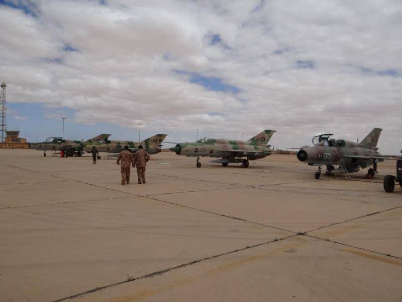 Armée Libyenne  Jm9iru10