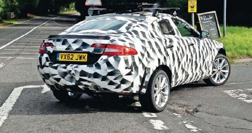 2015 - [Jaguar] F-Pace - Page 3 Jag10