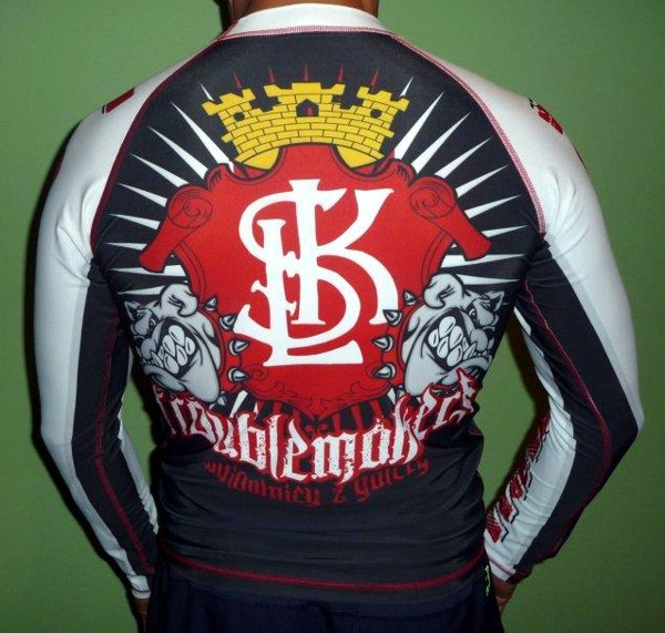 Ultras clothing - Page 5 42cc2f10