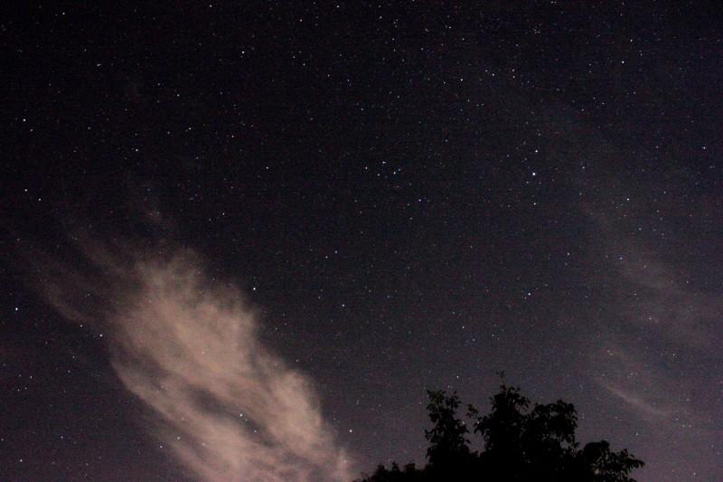 A la lumière de la Lune ..... et de Montauban Img_1011