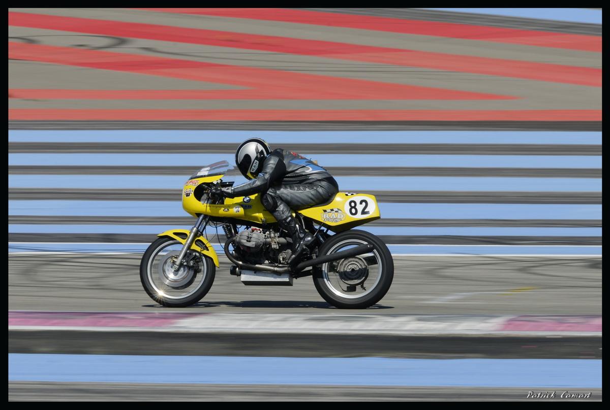Vieilles Gloires : Pilotes et motos au Paul Ricard avril 2013 . D3_bmw10
