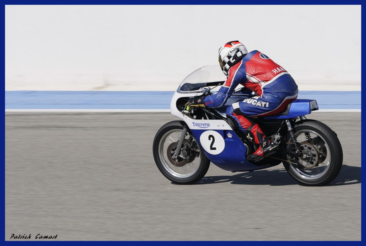Vieilles Gloires : Pilotes et motos au Paul Ricard avril 2013 . D5_dsc10