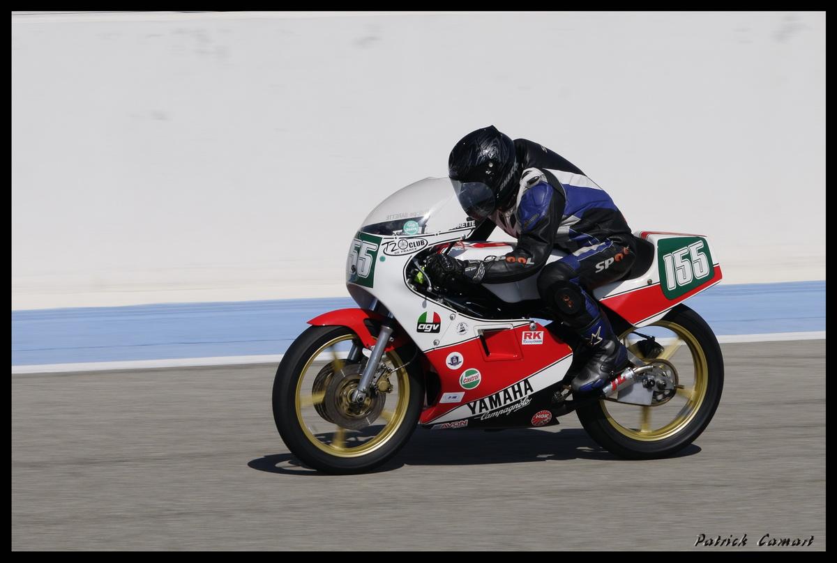 Vieilles Gloires : Pilotes et motos au Paul Ricard avril 2013 . E1_dsc10