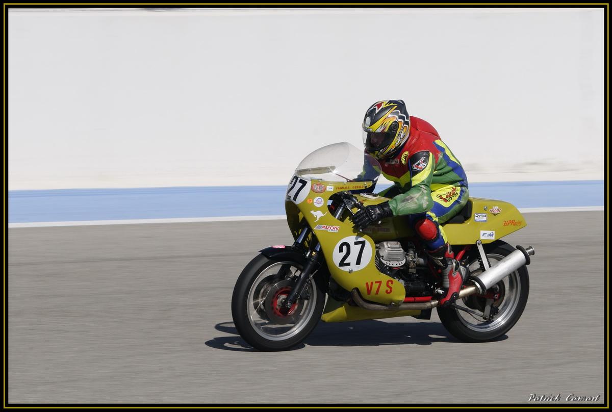 Vieilles Gloires : Pilotes et motos au Paul Ricard avril 2013 . E4_dsc10