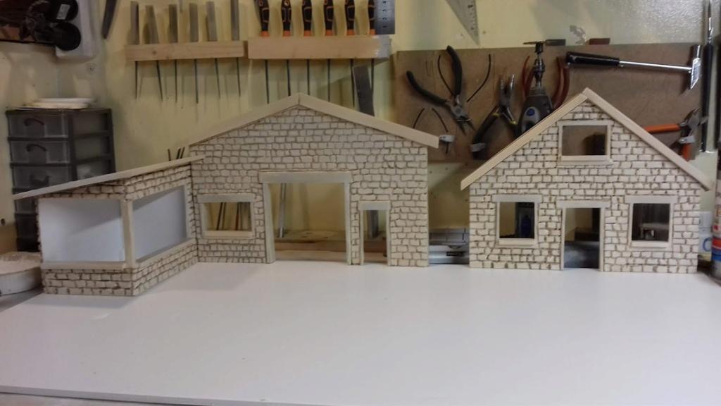 diorama pour fond de vitrine  - Page 2 20210493