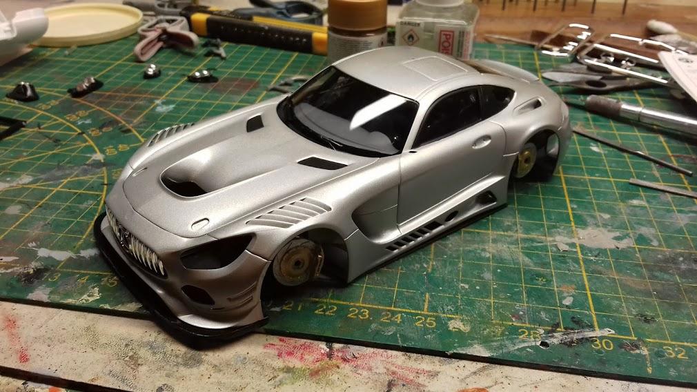 MERCEDES AMG GT3 TAMIYA 1/24 - Page 2 20210653