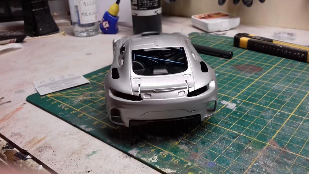 MERCEDES AMG GT3 TAMIYA 1/24 - Page 2 20210655