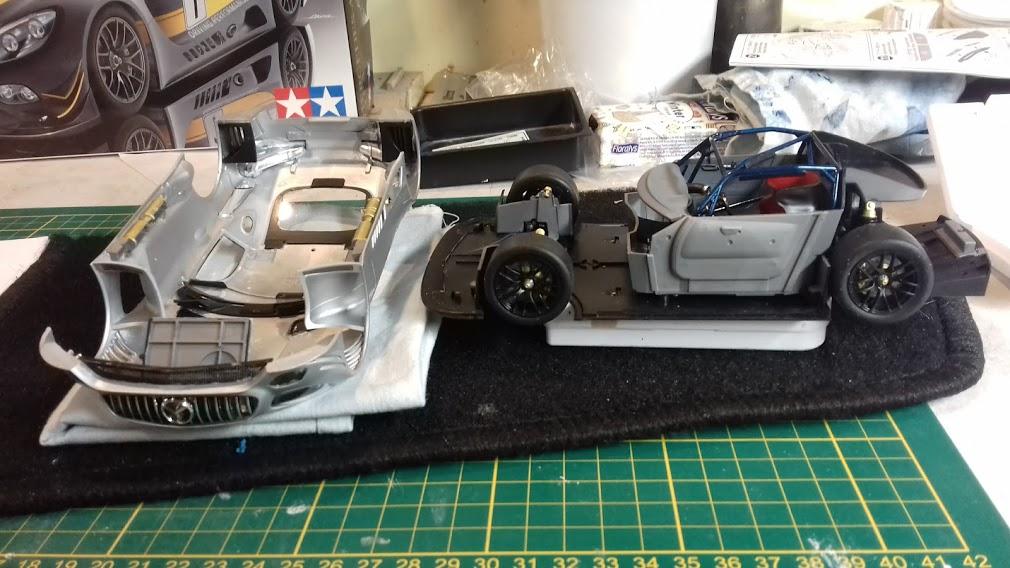 MERCEDES AMG GT3 TAMIYA 1/24 - Page 2 20210658