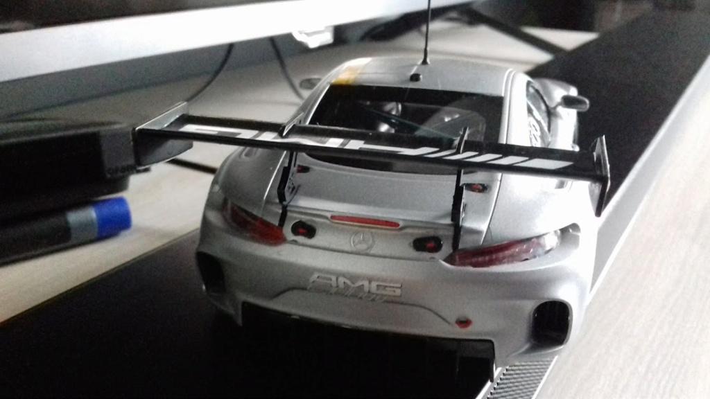 MERCEDES AMG GT3 TAMIYA 1/24 - Page 2 20210675