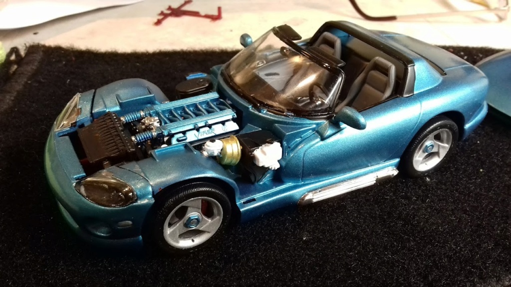 From The Box - DODGE VIPER R/T 10 Revell au 1/25 *** Terminé en pg 2 - Page 2 20210912
