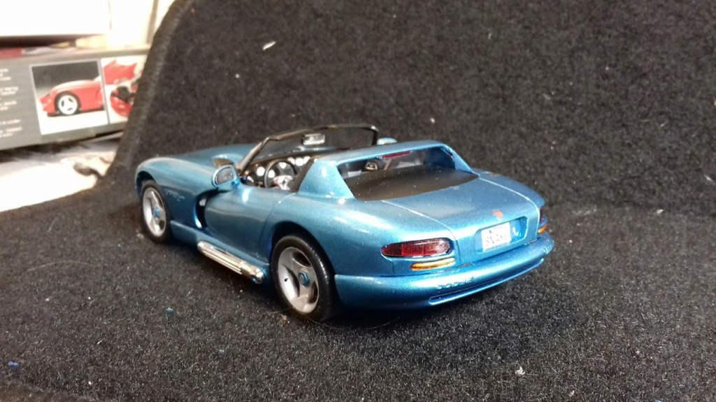 From The Box - DODGE VIPER R/T 10 Revell au 1/25 *** Terminé en pg 2 - Page 2 20210916