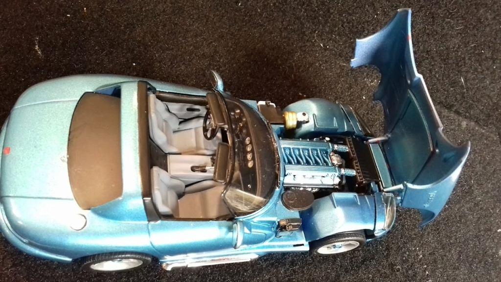 From The Box - DODGE VIPER R/T 10 Revell au 1/25 *** Terminé en pg 2 - Page 2 20210921
