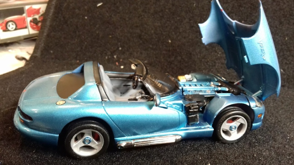 From The Box - DODGE VIPER R/T 10 Revell au 1/25 *** Terminé en pg 2 - Page 2 20210923