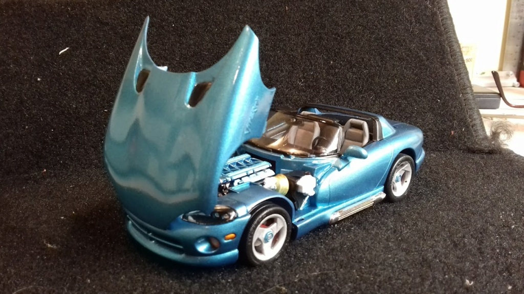 From The Box - DODGE VIPER R/T 10 Revell au 1/25 *** Terminé en pg 2 - Page 2 20210924
