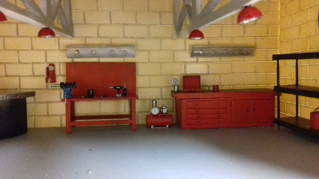 construction d'un garage au 1/24 (FINI ) - Page 2 20211066