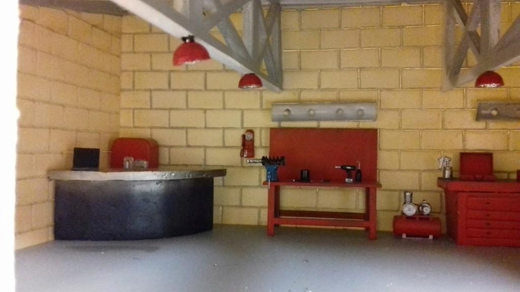 construction d'un garage au 1/24 (FINI ) - Page 2 20211067