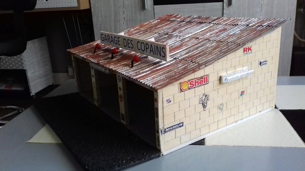 construction d'un garage au 1/24 (FINI ) - Page 2 20211073