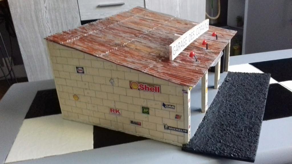 construction d'un garage au 1/24 (FINI ) - Page 2 20211074