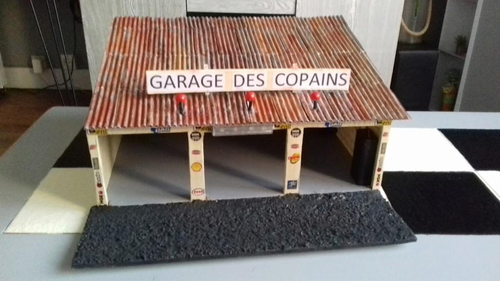 construction d'un garage au 1/24 (FINI ) - Page 2 20211076