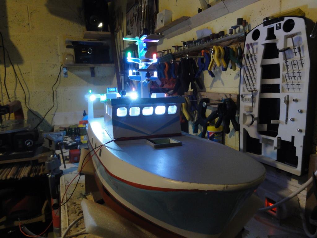 bateau pêche arrière  Dsc00119