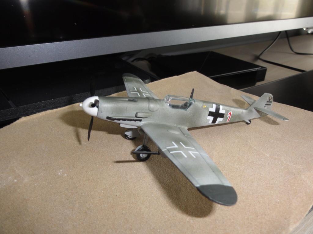 Heller - Messerchmitt Bf-109 - 1/72 : le Scratcheur se lance - Page 2 Dsc00456