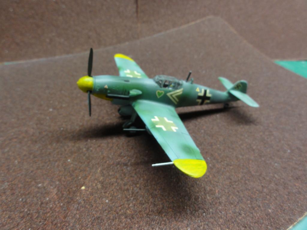 Heller - Messerchmitt Bf-109 - 1/72 : le Scratcheur se lance - Page 2 Dsc00459