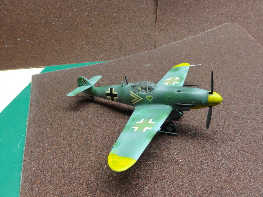 Heller - Messerchmitt Bf-109 - 1/72 : le Scratcheur se lance - Page 2 Dsc00460