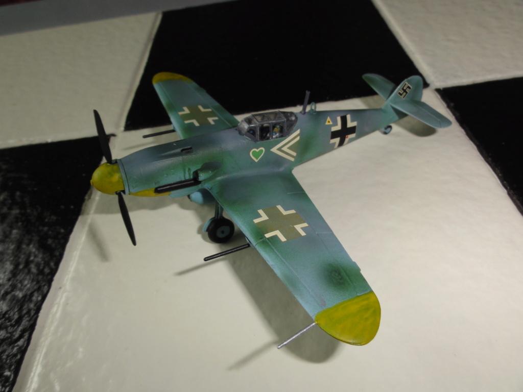 Heller - Messerchmitt Bf-109 - 1/72 : le Scratcheur se lance - Page 2 Dsc00464