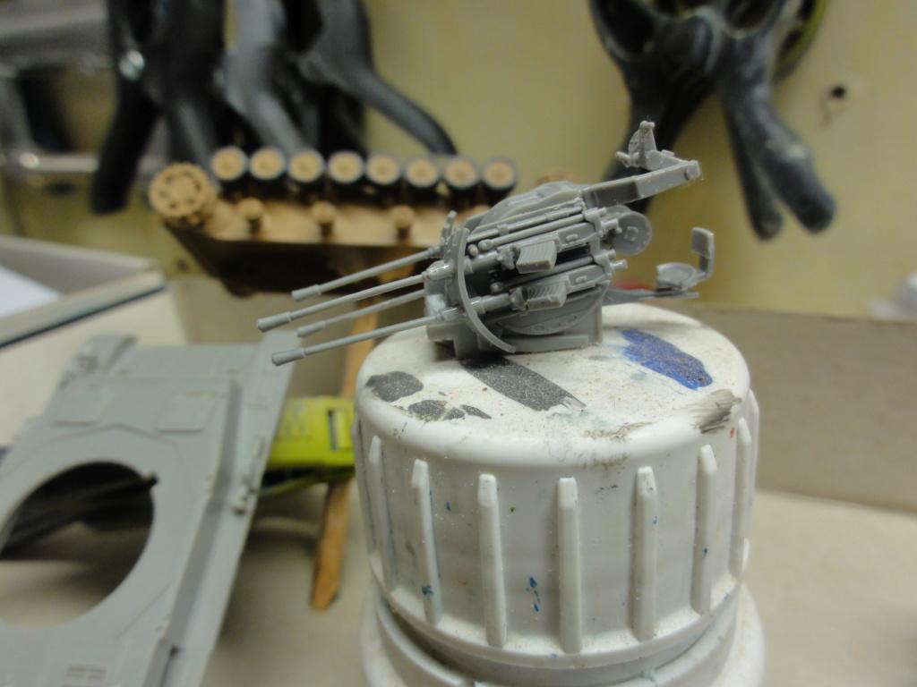 1er diorama avec blindés allemands au 1/72 Dsc00624