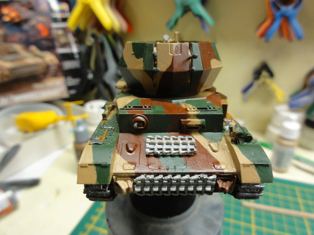 1er diorama avec blindés allemands au 1/72 Dsc00628