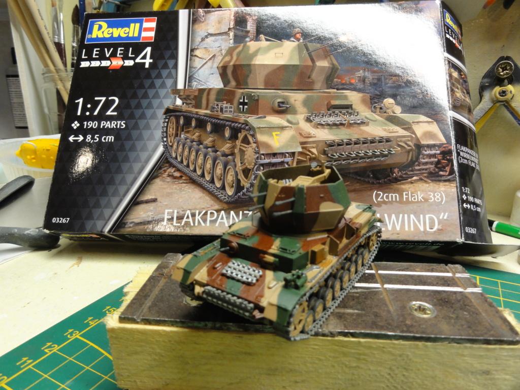 1er diorama avec blindés allemands au 1/72 Dsc00630
