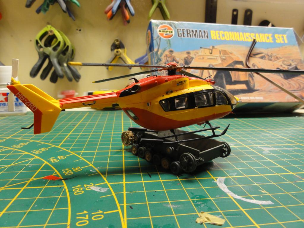 hélicoptère EC 145 au 1/72 Dsc00636
