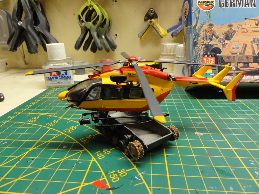 hélicoptère EC 145 au 1/72 Dsc00637