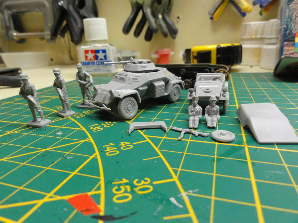 1er diorama avec blindés allemands au 1/72 - Page 2 Dsc00638